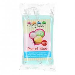 fondant azul pastel