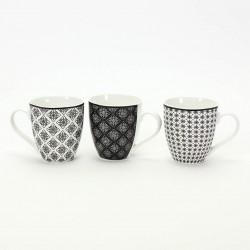 taza blanca y negra