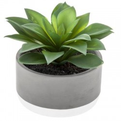 planta artificial en maceta
