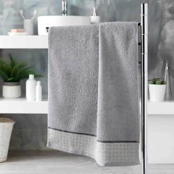 toalla de baño gris
